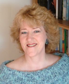 Linda Gillard author photo II